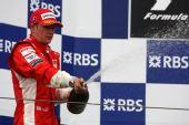 图文:[F1]法国大奖赛正赛 莱科宁喷洒香槟