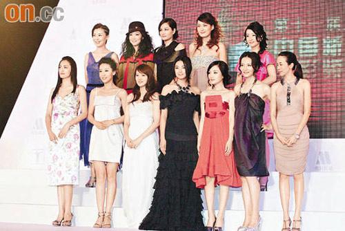 众女星前晚盛装出席上海颁奖礼