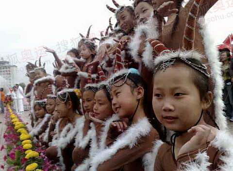 西宁小朋友扮作藏羚羊