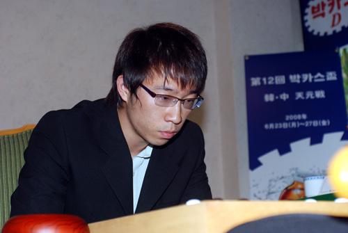 元晟溱六战古力首度取胜