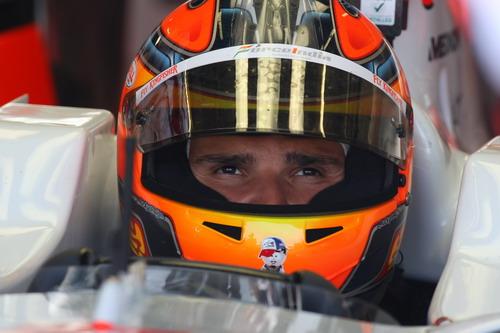 图文:[F1]银石赛道试车首日 里尤兹关注成绩