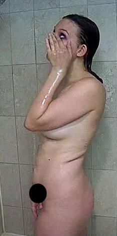 性爱 布兰妮/这名正在淋浴的女子被疑似是布兰妮