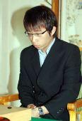图文:中韩天元对抗赛第二局 元晟溱踌躇满志