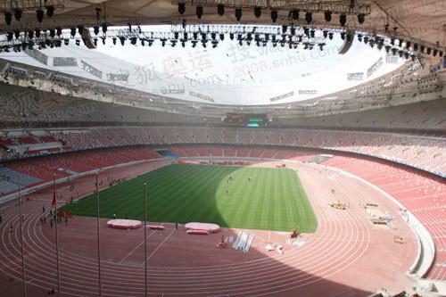 """图文:北京奥运会主会场""""鸟巢"""" 鸟巢场内全景"""