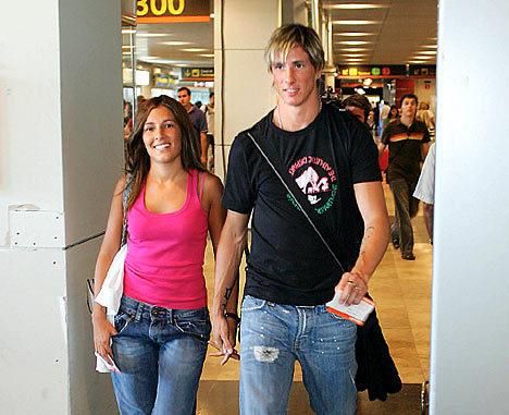 托雷斯和女友