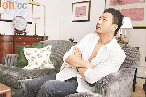 胡军认为香港教育好,希望女儿到港读书