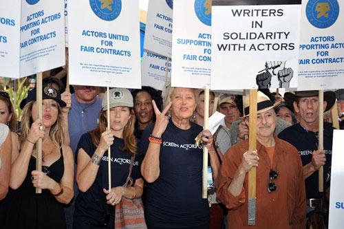 SAG成员要求制片人协会提供合理平等的协议