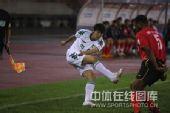 图文:[中超]浙江3-0长春 梅尔坎防守蔡楚川