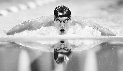 菲尔普斯昨在美国奥运游泳选拔赛中夺得男子200米蝶泳冠军