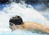 图文:美奥运选拔赛 菲尔普斯获100米蝶泳冠军