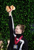 图文:美奥运选拔赛 豪尔泽刷新女200仰世界纪录