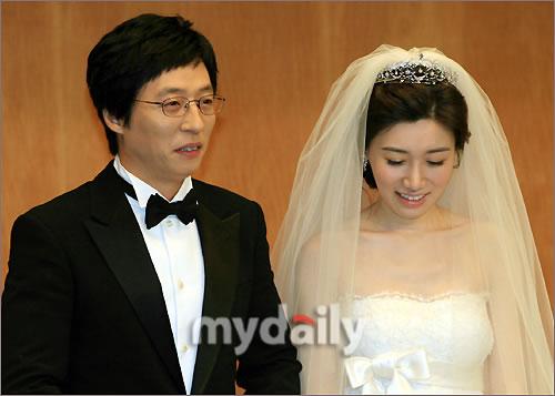组图:刘在石婚礼举行 众一线艺人前往祝福 _中国
