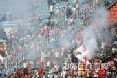 图文:[中超]陕西2-1长沙 火爆的西安球迷