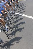 图文:环法第五赛段小将称王 自行车车轮特写