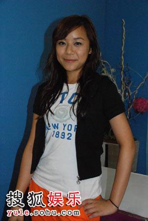 史宛殷祝福香港乒乓球队有优越的成绩
