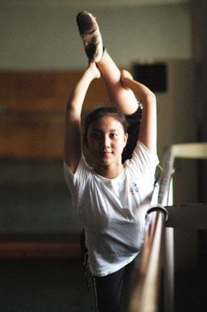 重庆美女将成为奥运会开幕式上的一道靓丽风景。记者 李化 摄