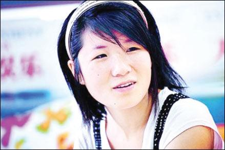 东湖中学女生张孟苏