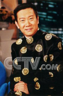 主持人杨依_组图:揭密央视十大男主持人的幸福婚姻-搜狐娱乐