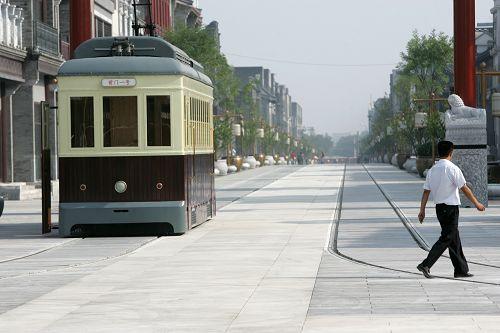 前门大街的有轨电车