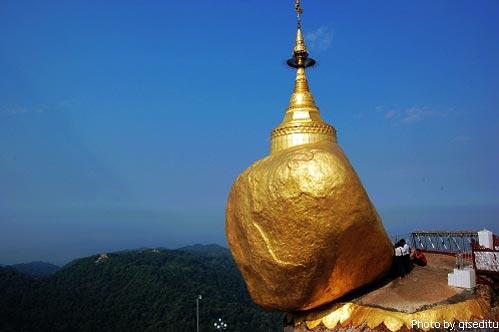 KyaikTiyo 缅甸禁止女人碰的大金石