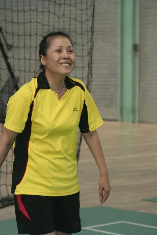 田震热爱打羽毛球