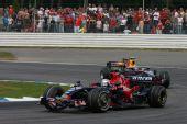图文:[F1]德国大奖赛正赛 维特尔领先对手