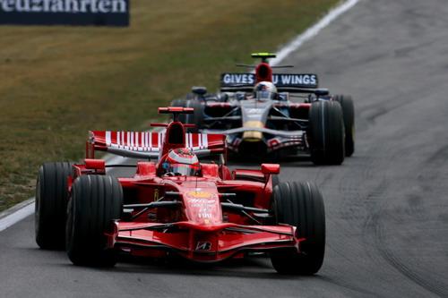 图文:[F1]德国大奖赛正赛 莱科宁在比赛中