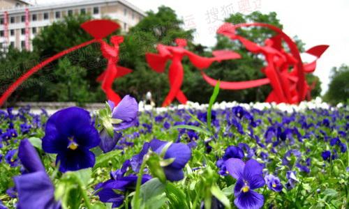 东北秧歌雕塑 韩大海摄