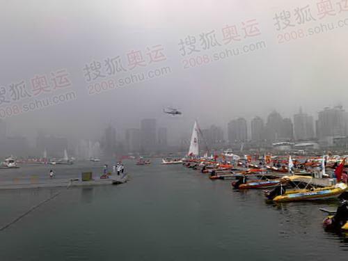 结束海上传递直升机航拍