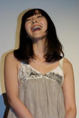 《民男的幸福》公映 小田切让麻生各谈婚后生活