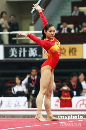程菲/资料图:中国女子体操领军人物程菲。中新社发郭晓帆摄