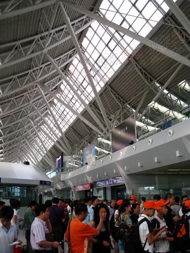沈阳桃仙国际机场安检入口