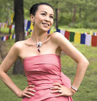 形象大使刘嘉玲结婚,浪琴表送上特制腕表