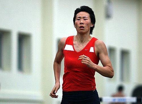 女子400米栏名将黄潇潇