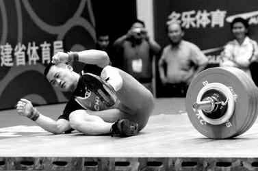 张国政在今年的全国锦标赛上一败涂地