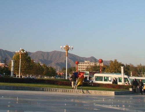 燕山地区中心广场