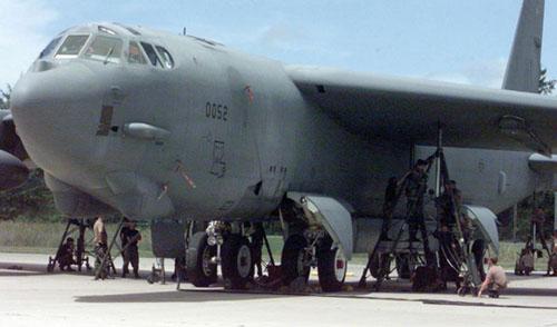美军频坠机 关岛战略地位提升进入实质阶段(图)