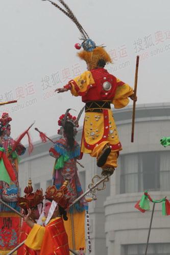 """""""中国抬阁文化之乡""""抬阁表演"""
