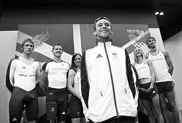 加拿大队奥运服装