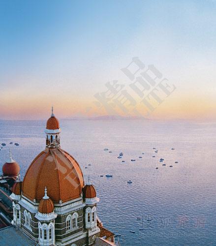 泰姬玛哈酒店与美丽的阿拉伯海
