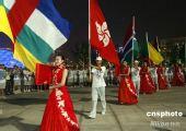 图为:奥运会开幕式彩排 引导员和旗手准备入场