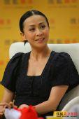 组图:刘嘉玲KTV必唱《执迷不悔》一唱唱了三年