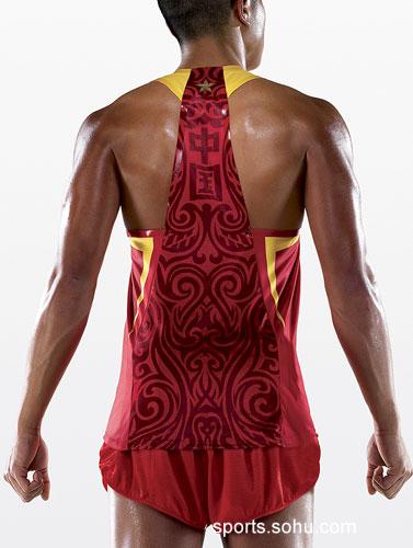 图文:刘翔08年奥运会赛时装备发布 服装的背面