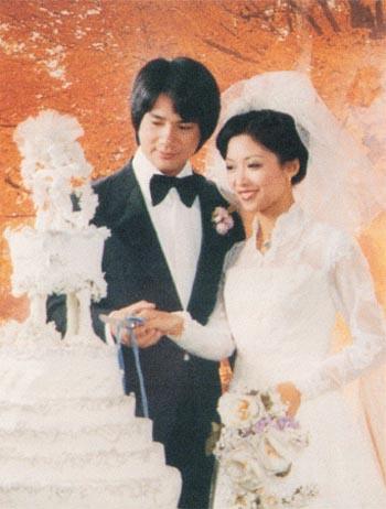 徐小明与太太结婚多年,恩爱如故