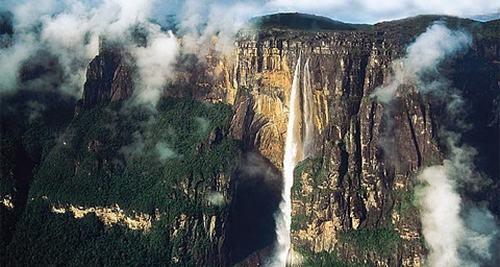 南美Tepui桌面山实景