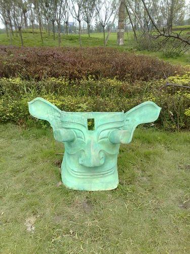 广汉广场三星堆雕塑