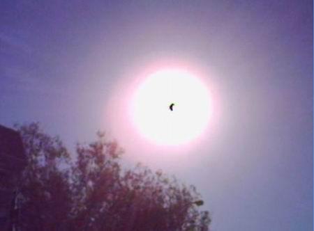 喀什/这是今天北京时间19.00分至19.36分,在塔克拉玛干大漠南缘新疆...