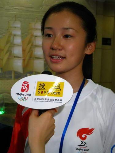 采访天津站学生火炬手奥林匹克青年营营员葛艺文