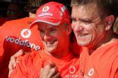图文:F1匈牙利大奖赛正赛 幸福的科瓦莱宁