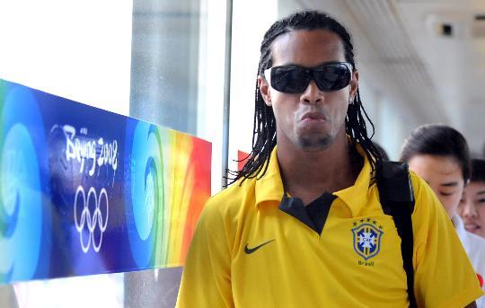 奥运足球并非鸡肋 十大明星超龄球员点爆分赛